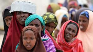 somalia-women-at-feeding-centre