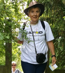 Jill Cass, parish Volunteer from St Theresa of the Infant Jesus in BIGGIN HILL, at the Share the Journey walk last June 2018 in Hartley
